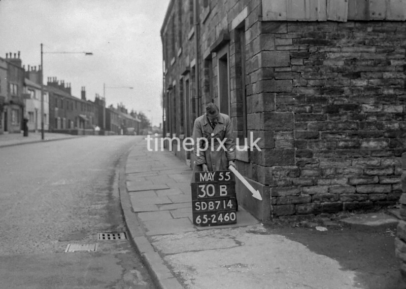 SD871430B, Ordnance Survey Revision Point photograph in Greater Manchester