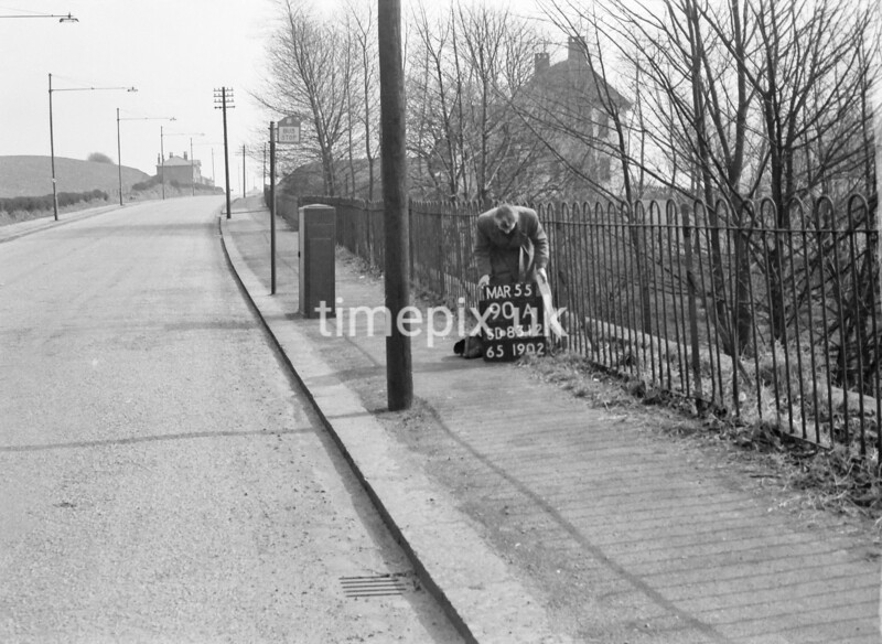 SD831290A, Ordnance Survey Revision Point photograph in Greater Manchester