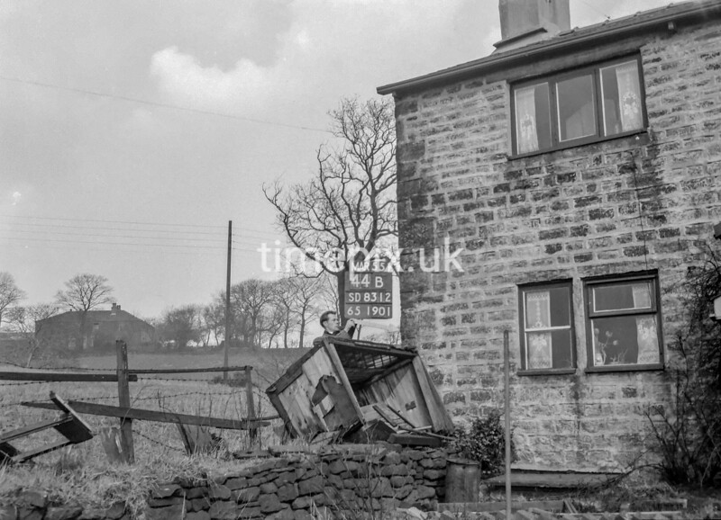 SD831244B, Ordnance Survey Revision Point photograph in Greater Manchester