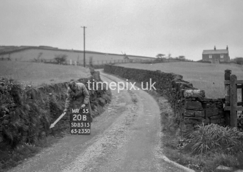 SD851520B, Ordnance Survey Revision Point photograph in Greater Manchester