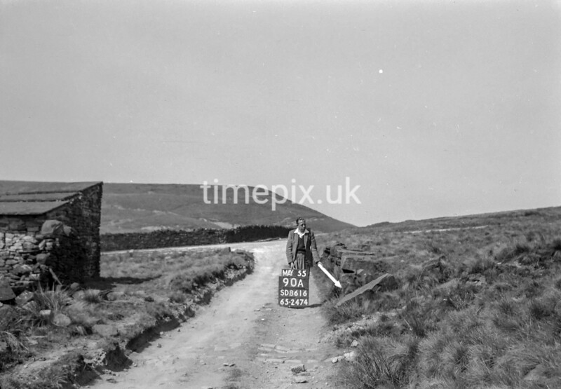 SD861690A, Ordnance Survey Revision Point photograph in Greater Manchester