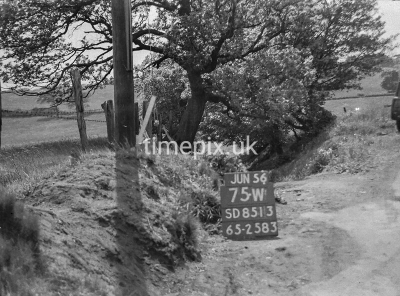 SD851375W, Ordnance Survey Revision Point photograph in Greater Manchester