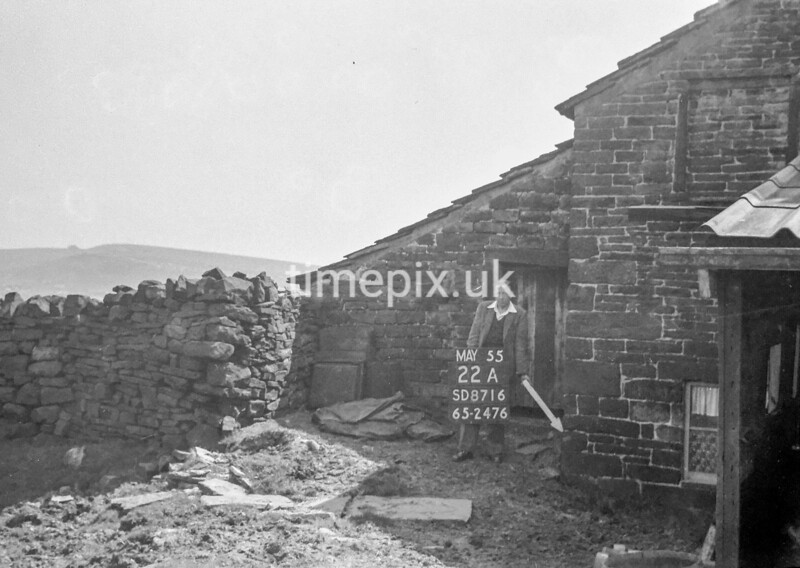 SD871622A, Ordnance Survey Revision Point photograph in Greater Manchester