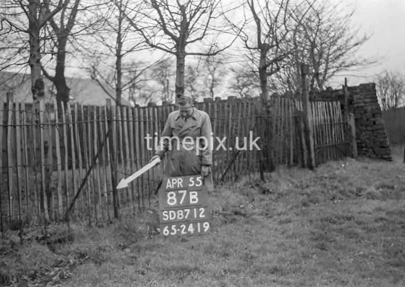 SD871287B, Ordnance Survey Revision Point photograph in Greater Manchester