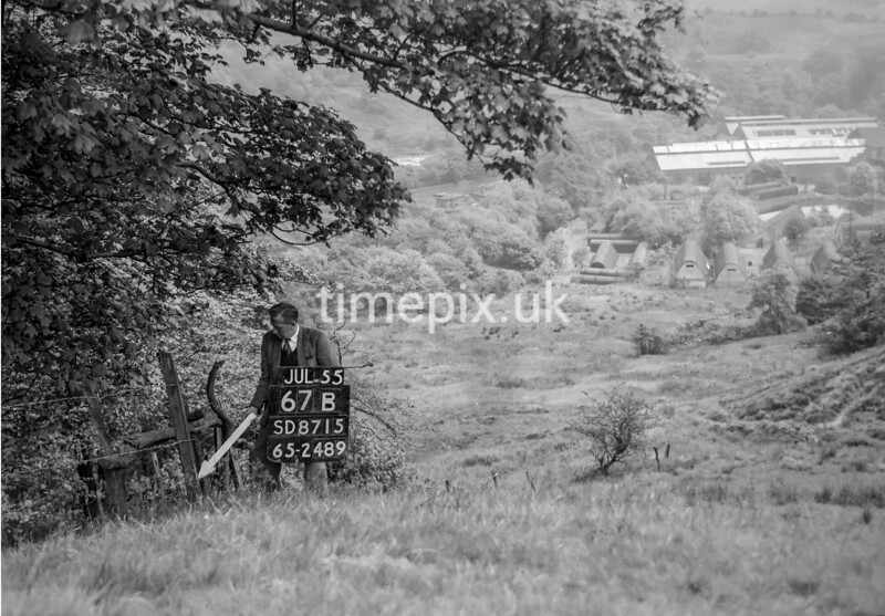 SD871567B, Ordnance Survey Revision Point photograph in Greater Manchester