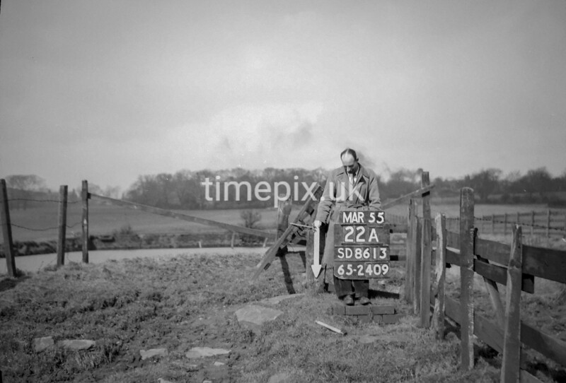 SD861322A, Ordnance Survey Revision Point photograph in Greater Manchester