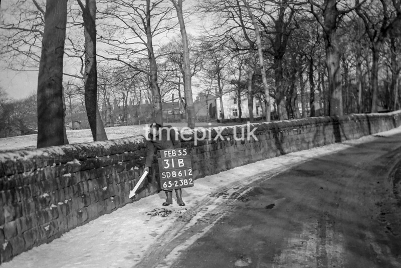 SD861231B, Ordnance Survey Revision Point photograph in Greater Manchester