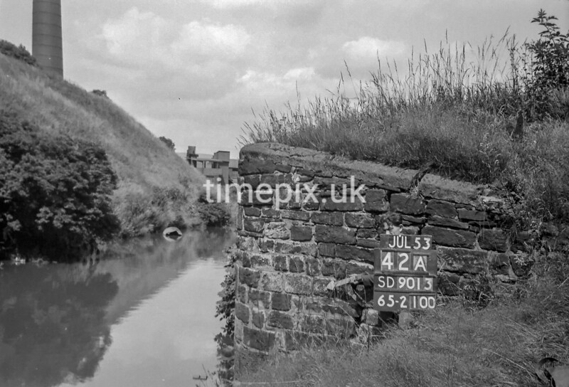 SD901342A, Ordnance Survey Revision Point photograph in Greater Manchester