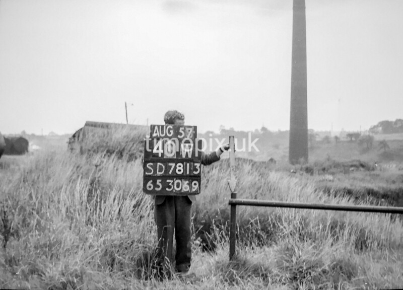 SD781340W, Ordnance Survey Revision Point photograph in Greater Manchester