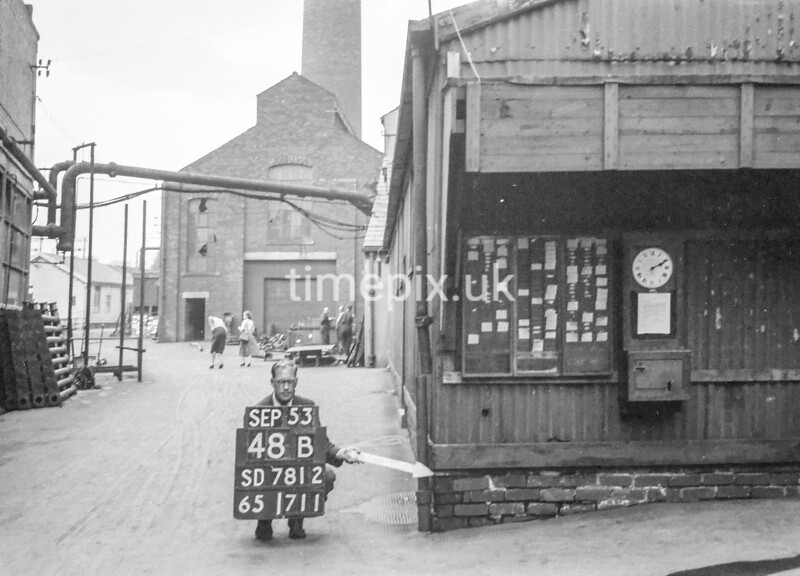 SD781248B2, Ordnance Survey Revision Point photograph in Greater Manchester