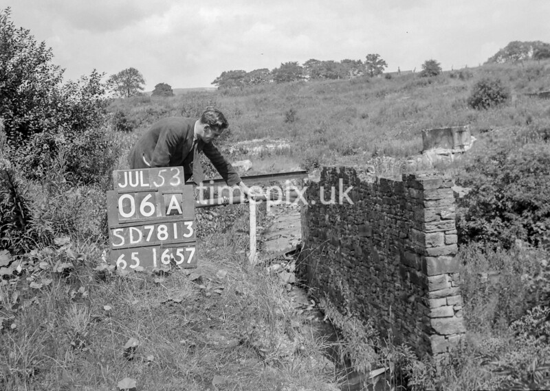 SD781306A, Ordnance Survey Revision Point photograph in Greater Manchester