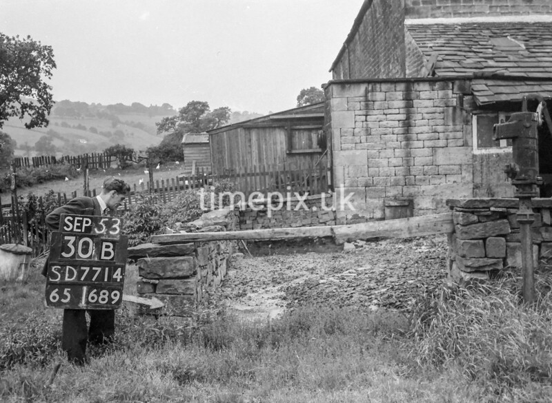 SD771430B, Ordnance Survey Revision Point photograph in Greater Manchester
