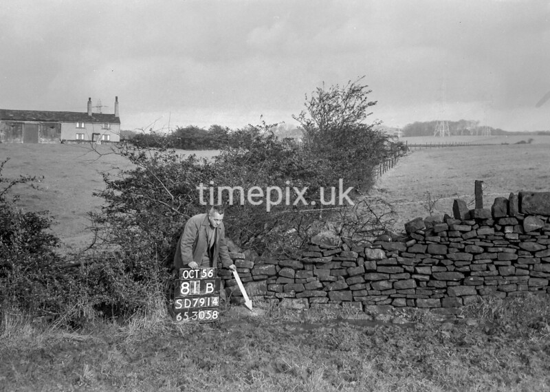 SD791481B, Ordnance Survey Revision Point photograph in Greater Manchester