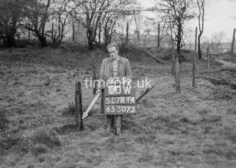 SD771400W, Ordnance Survey Revision Point photograph in Greater Manchester