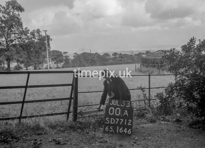 SD771200A, Ordnance Survey Revision Point photograph in Greater Manchester