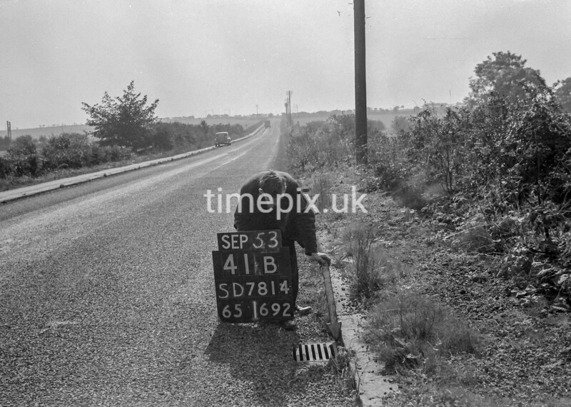 SD781441B, Ordnance Survey Revision Point photograph in Greater Manchester