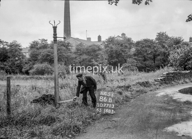 SD771386B, Ordnance Survey Revision Point photograph in Greater Manchester