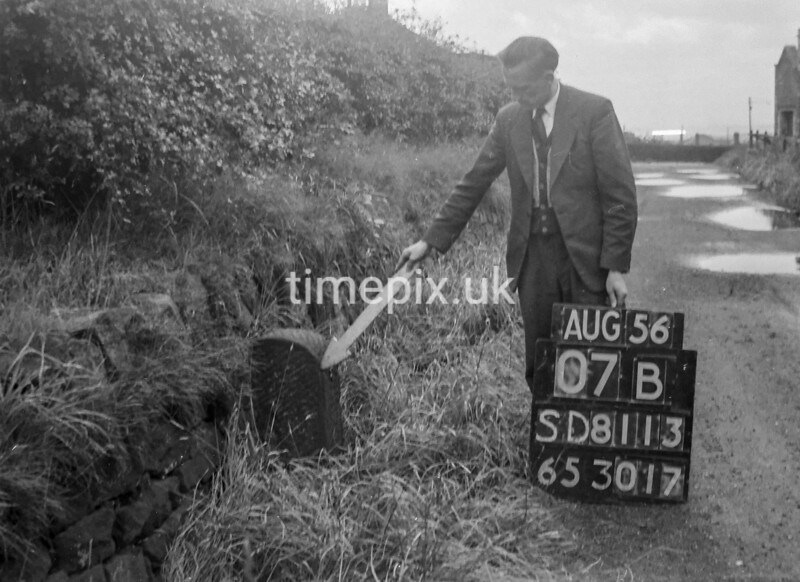 SD811307B, Ordnance Survey Revision Point photograph in Greater Manchester