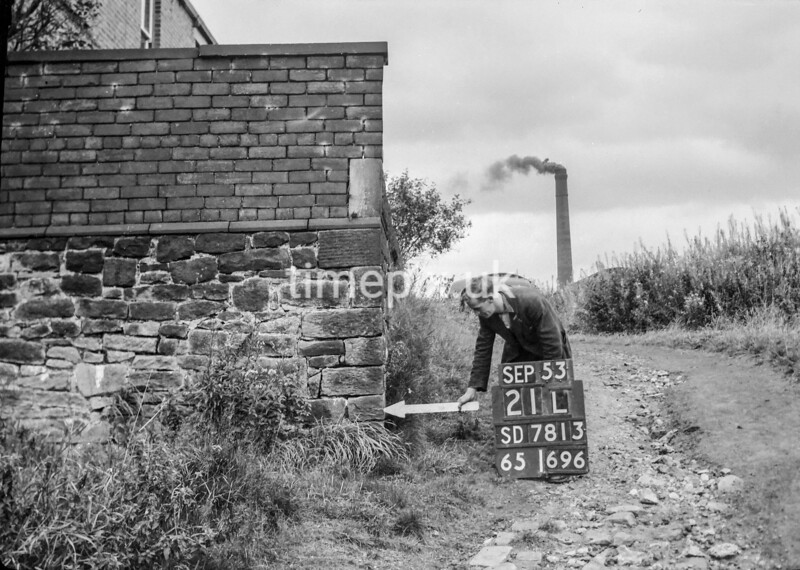 SD781321L, Ordnance Survey Revision Point photograph in Greater Manchester