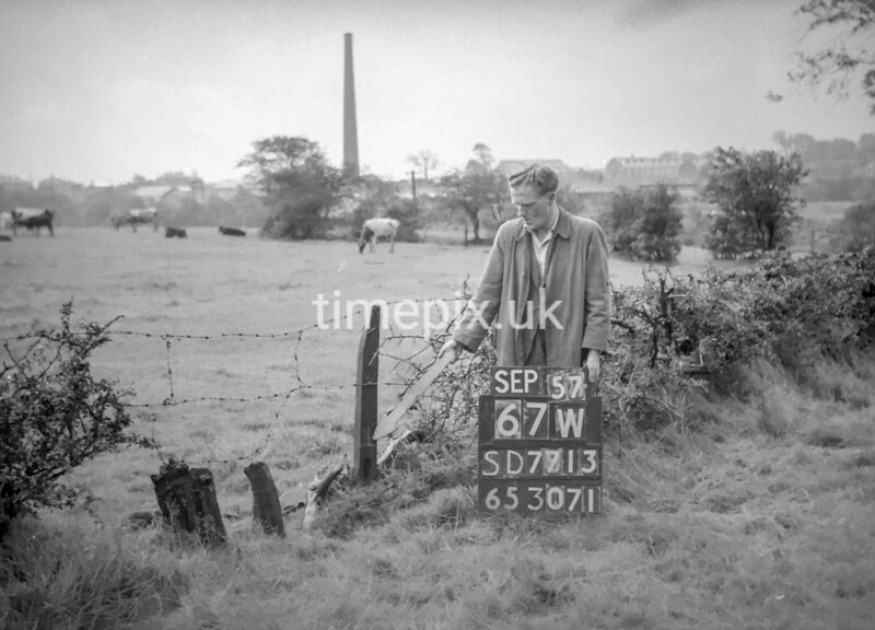SD771367W, Ordnance Survey Revision Point photograph in Greater Manchester
