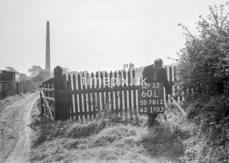 SD781260L, Ordnance Survey Revision Point photograph in Greater Manchester