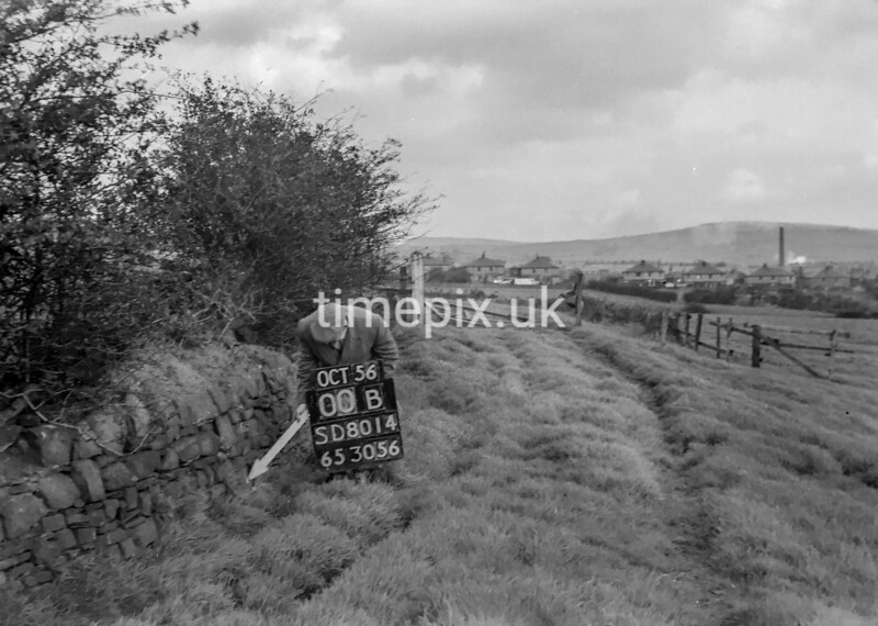 SD801400B, Ordnance Survey Revision Point photograph in Greater Manchester