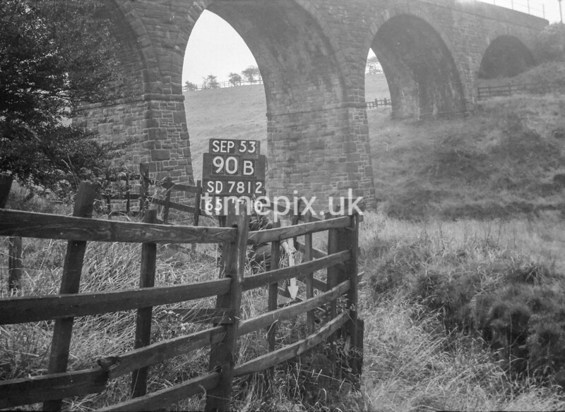 SD781290B, Ordnance Survey Revision Point photograph in Greater Manchester