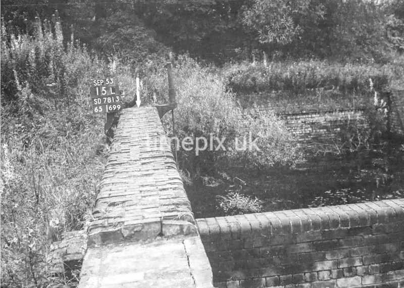 SD781315L, Ordnance Survey Revision Point photograph in Greater Manchester