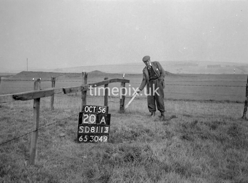 SD811320A, Ordnance Survey Revision Point photograph in Greater Manchester