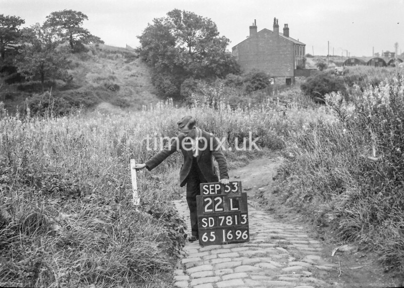 SD781322L, Ordnance Survey Revision Point photograph in Greater Manchester