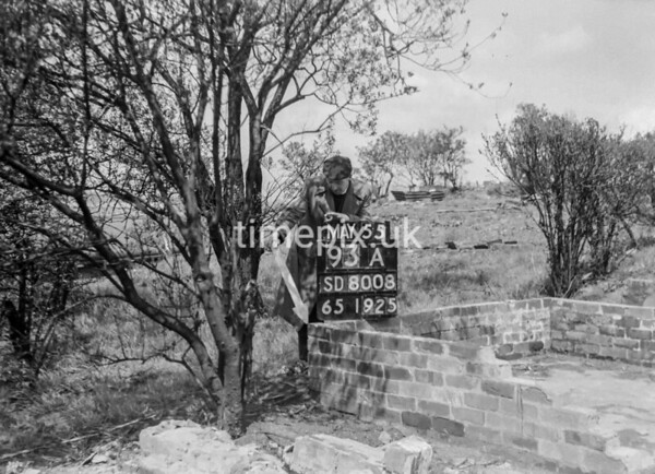 SD800893A2, Ordnance Survey Revision Point photograph in Greater Manchester