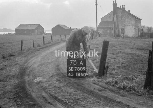 SD780976A, Ordnance Survey Revision Point photograph in Greater Manchester