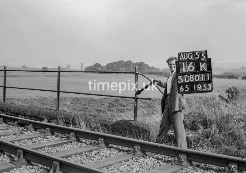 SD801116K, Ordnance Survey Revision Point photograph in Greater Manchester