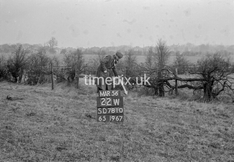 SD781022W, Ordnance Survey Revision Point photograph in Greater Manchester