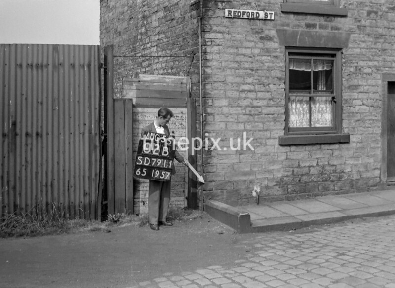 SD791102B, Ordnance Survey Revision Point photograph in Greater Manchester