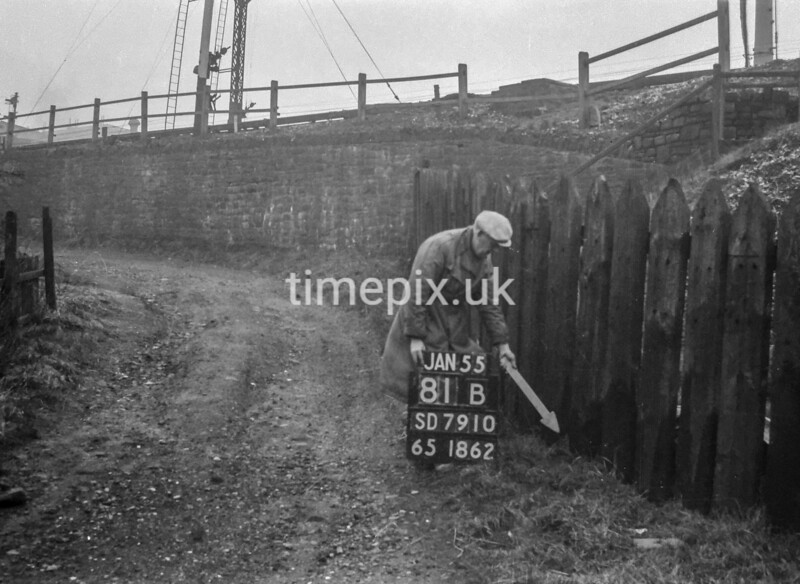 SD791081B, Ordnance Survey Revision Point photograph in Greater Manchester