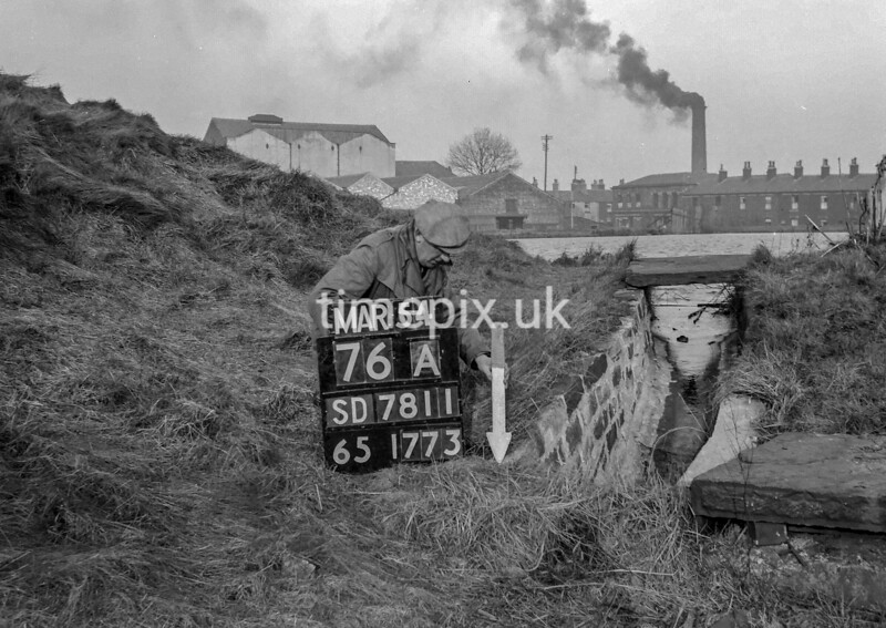SD781176A, Ordnance Survey Revision Point photograph in Greater Manchester