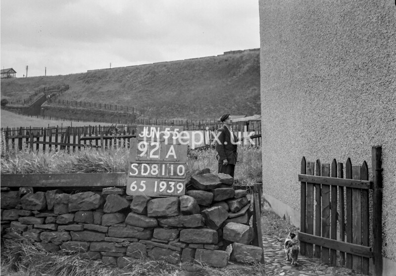 SD811092A, Ordnance Survey Revision Point photograph in Greater Manchester