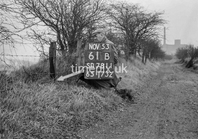 SD781161B, Ordnance Survey Revision Point photograph in Greater Manchester