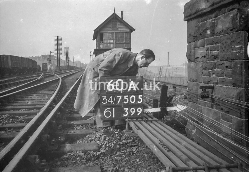 SD750560A, Ordnance Survey Revision Point photograph in Greater Manchester