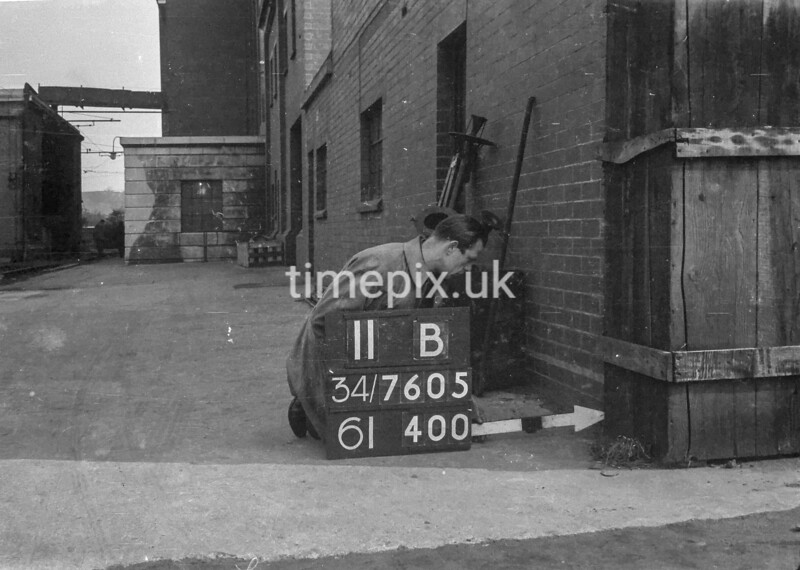 SD760511B, Ordnance Survey Revision Point photograph in Greater Manchester
