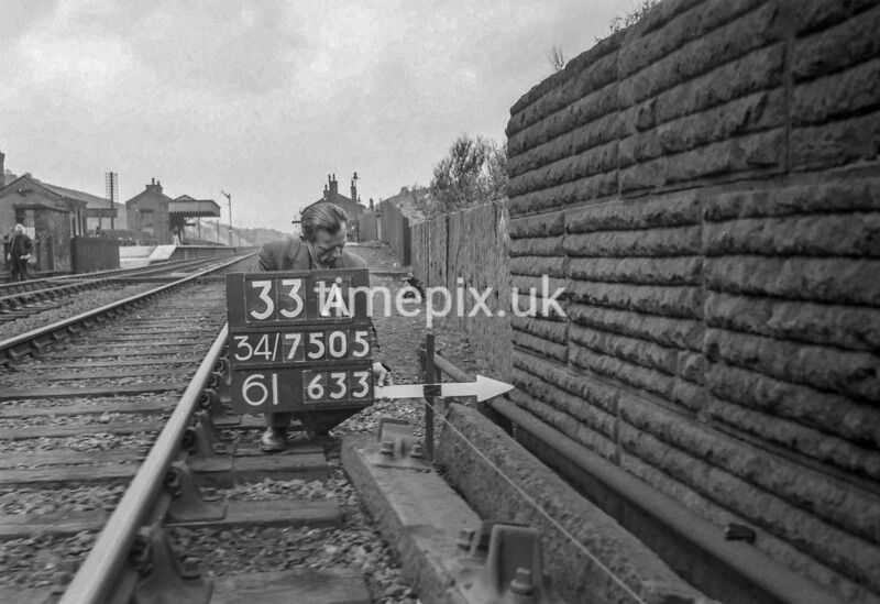SD750533A, Ordnance Survey Revision Point photograph in Greater Manchester
