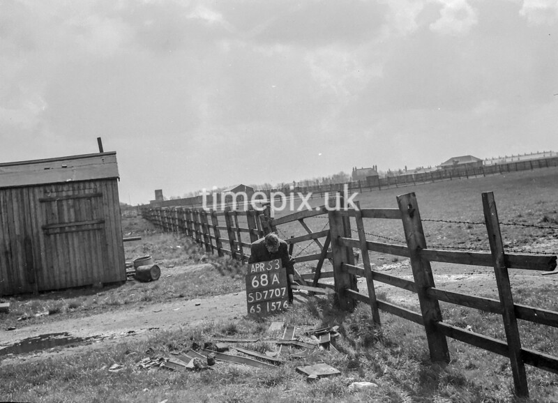 SD770768A, Ordnance Survey Revision Point photograph in Greater Manchester
