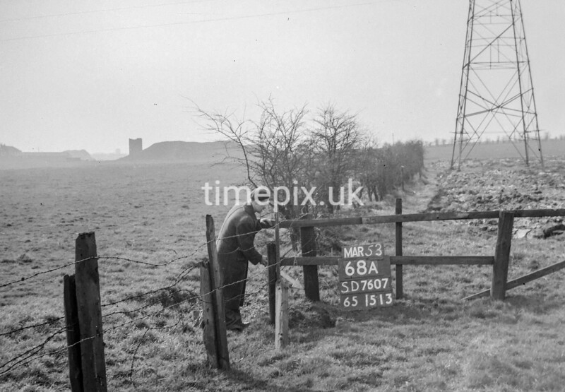 SD760768A, Ordnance Survey Revision Point photograph in Greater Manchester