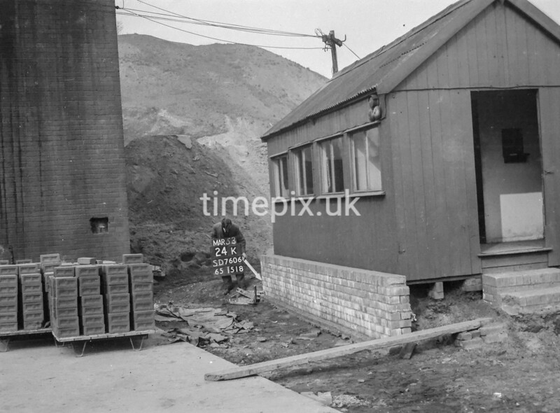 SD760624K, Ordnance Survey Revision Point photograph in Greater Manchester