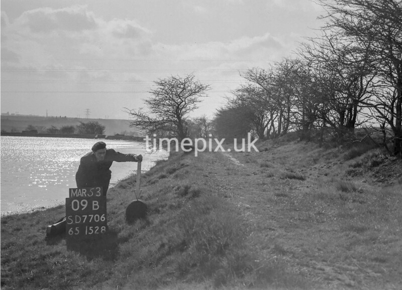 SD770609B, Ordnance Survey Revision Point photograph in Greater Manchester