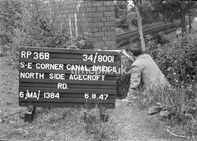 SD800136B, Ordnance Survey Revision Point photograph in Greater Manchester