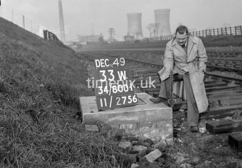SD800133W, Ordnance Survey Revision Point photograph in Greater Manchester