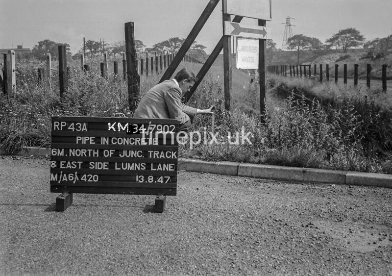 SD790243A, Ordnance Survey Revision Point photograph in Greater Manchester