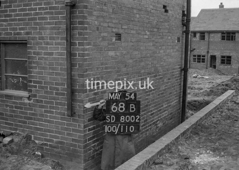 SD800268B, Ordnance Survey Revision Point photograph in Greater Manchester